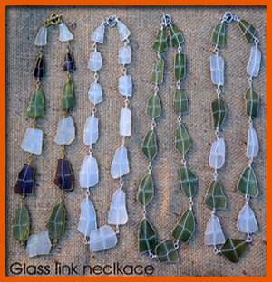 glass-link-necklace