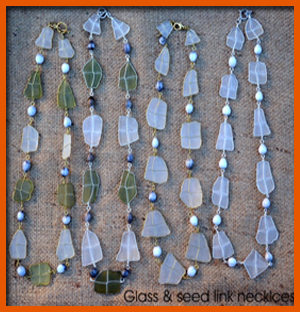 glass-&amp-seed-link-necklace
